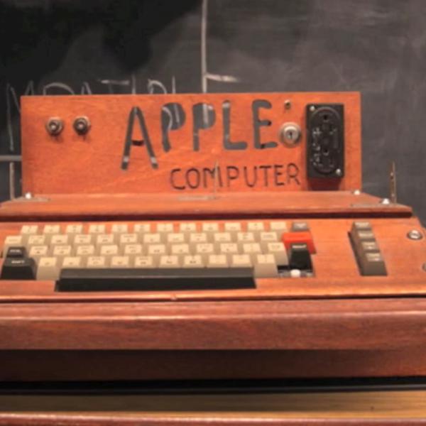 Apple timeline 1976-1997